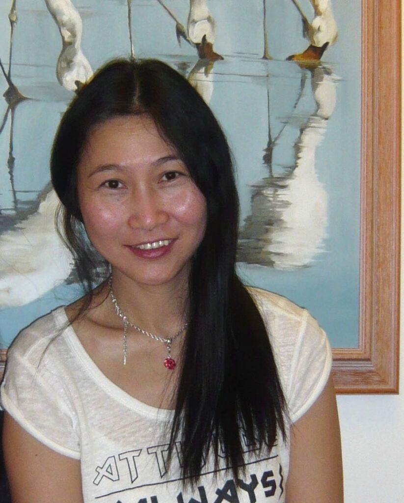 Ms Kanny W H Kwong